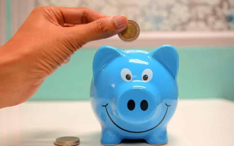 Bank of Nova Scotia (TSX:BNS) Misses Estimates