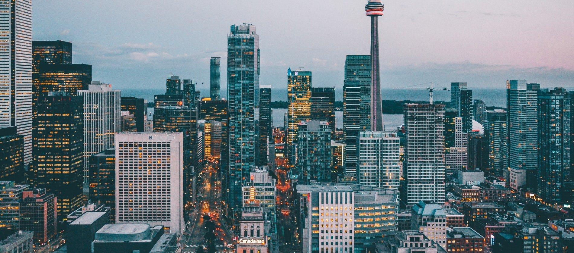 best stocks to buy in Canada