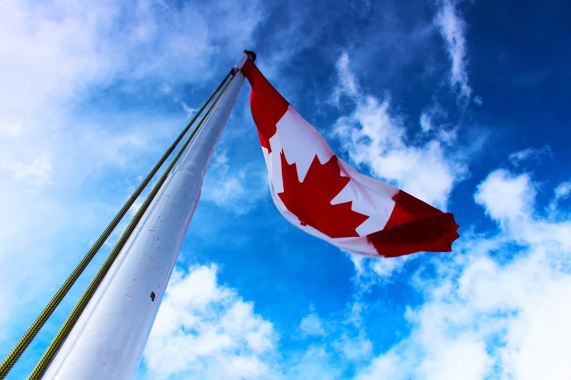 Top Canadian Bank Stocks To Buy Today